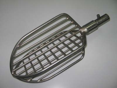 Лопатка для кремовзбивальной машины (3000 рублей)